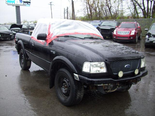 ford ranger xlt 4x4 2003 vendre montr al autos internationales. Black Bedroom Furniture Sets. Home Design Ideas