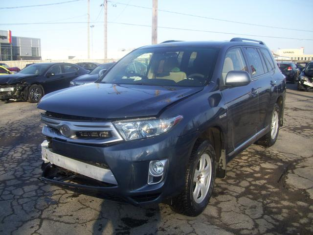 toyota highlander hybride v6 4x4 2013 vendre montr al. Black Bedroom Furniture Sets. Home Design Ideas